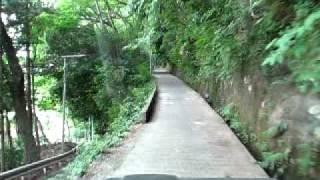 相模原市にある「ひの坂」という坂道です。 名前は「火の坂」に由来する...