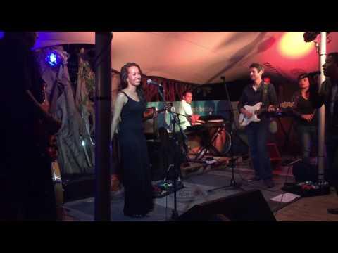 Zulu live au Big Willy's par Live Top Crew