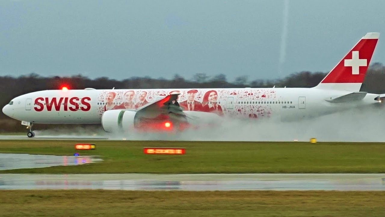 Fullhd Swiss Boeing 777 300 Er Landing Amp Takeoff At