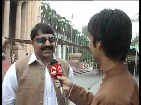 Punjab Assembly Members Funny Talk (Gulabi English) by Syed Afaq Ali Zaidi.flv