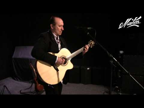 Colin Hay Sound Checks His Maton Custom Shop (featuring an AP5 Pro)