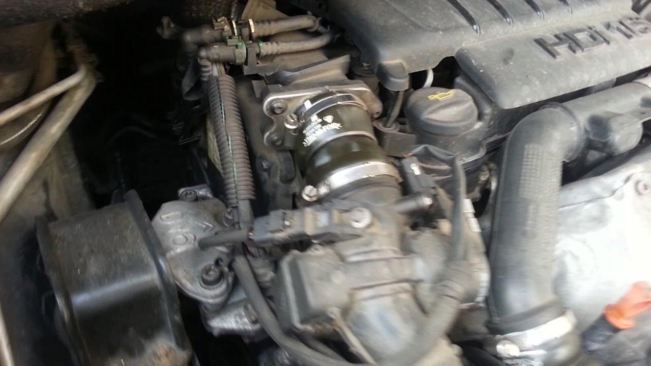 Работа двигателя гул-рокот слева