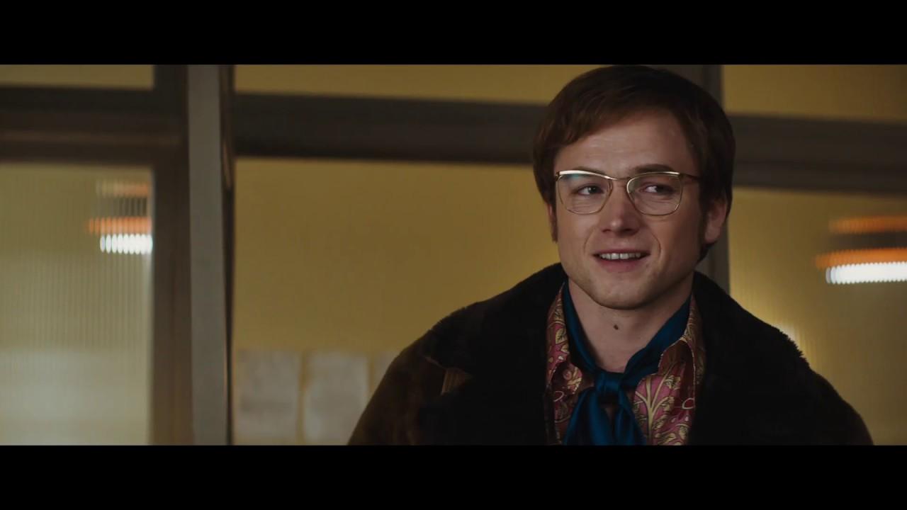 Rusia Putar Film Elton John, Namun Pangkas Seluruh Adegan Asusila Gay