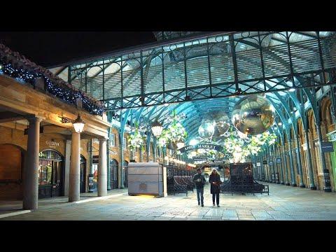 London's Covent Garden Christmas Lights & 60-foot Tree ✨ Eerie Lockdown Walk