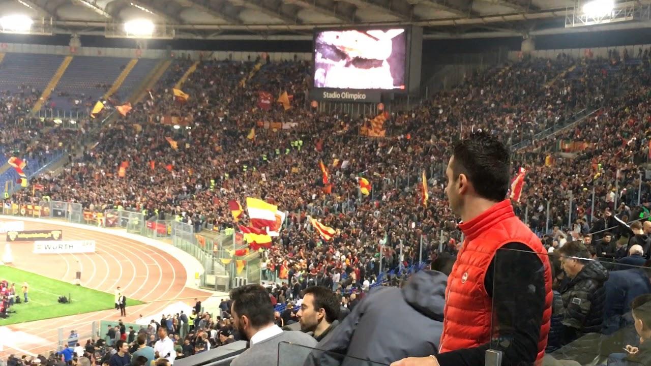Lazio-Roma 0-0 (15-04-2018) la Curva Sud incita la squadra ...
