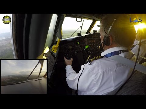 Boeing 727 Freighter Cockpit Landing - watch the pilots at work! FULL ATC! [AirClips]