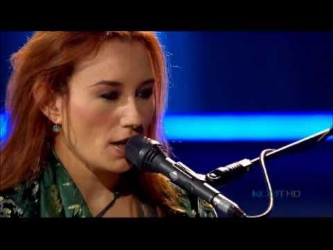 Tori Amos - A Sorta Fairytale (soundstage) - YouTube