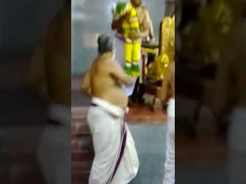 Conferring Title to Sri Mannargudi Swami by H H Azhagiasinger