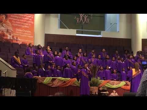 Hannah & The SPBC Joy Choir- We Shall Overco