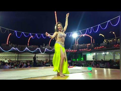 Desert safari Dubai . /Belly Dance /Desert camp. #dubaivlog