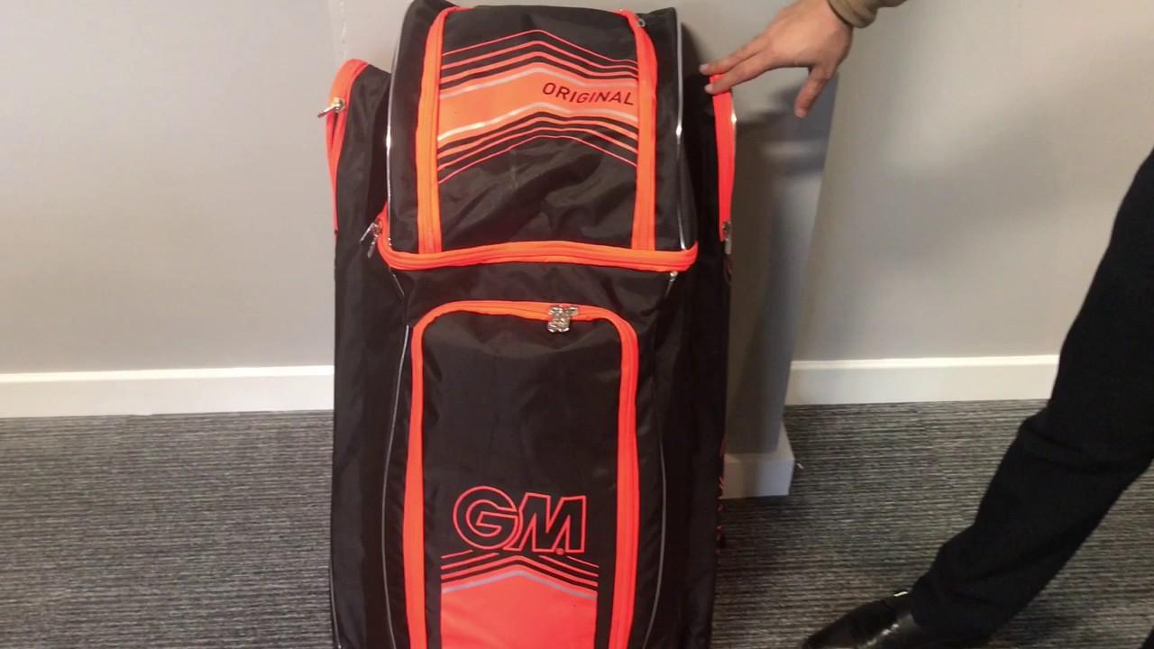 461bdd37a10 Gunn and Moore Original Duffle Bag Video Review - YouTube