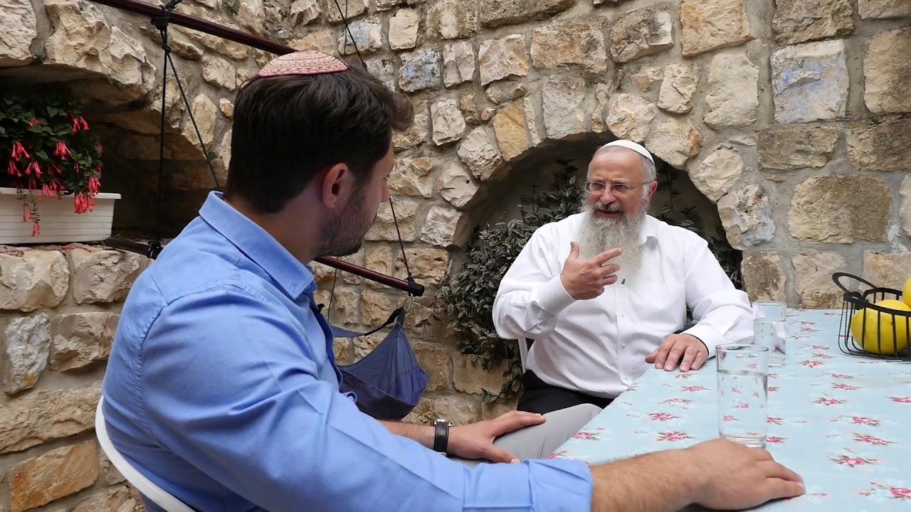 המחסומים נופלים  - הרב שמואל אליהו עם עודד הרוש באדיבות ערוץ הידברות