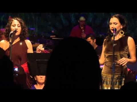 Aynur Dogan & Sevval Sam-Hoy Memo Canlı(Live)