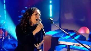 Alicia Keys - No One (Live)