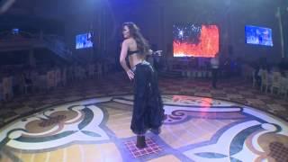 Repeat youtube video Ukraynalı rəqqasə Alla Kuşniri Bakıda necə oynatdılar?!