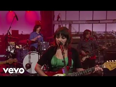 Norah Jones - Come Away With Me (Live on Letterman)