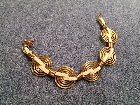 how to  Wire coin bracelet - handcrafted copper jewelry 239