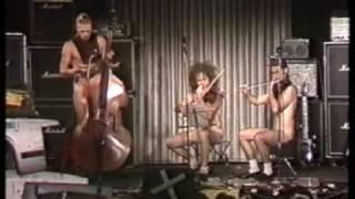 Kleine Nacktmusik