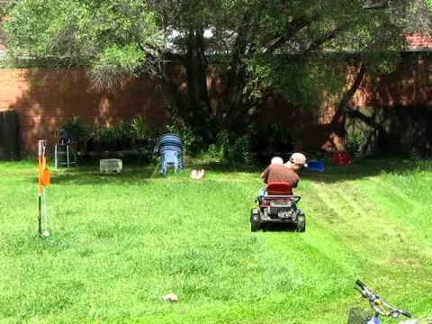 my wolf garten go kart lawn mower p2 youtube. Black Bedroom Furniture Sets. Home Design Ideas