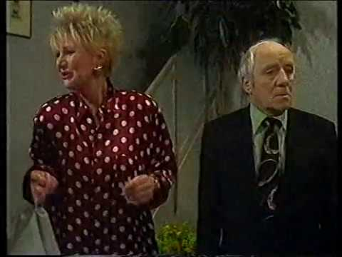 """""""Beppie"""" (12 - slot) TV-serie van Annie M.G. Schmidt, Flip van Duyn, Haye v/d Heijden&Harry Bannink"""