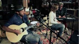 "Carolina Liar ""Drown"" (Acoustic) At: Guitar Center"