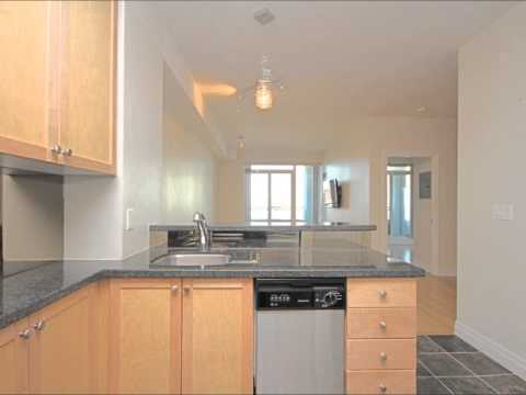 Leased 1 Bedroom Plus Den Condo For Rent In Toronto Youtube
