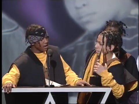 Kris Kross Wins Soul/RnB New Artist - AMA 1993