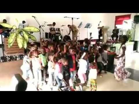 Música Gospel Africana - Crianças de Angola 🇦🇴