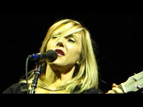 Liz Phair - Extraordinary (Acoustic) – Live in San Francisco
