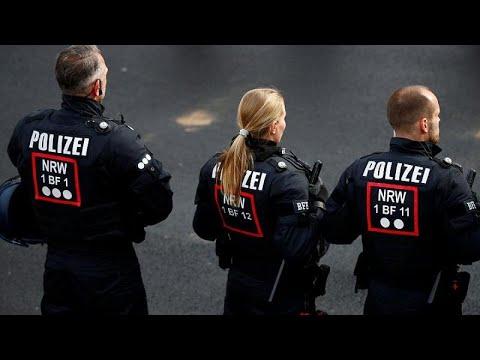 توقيف ثلاثة جهاديين للاشتباه بتخطيطهم لتنفيذ اعتداء غرب المانيا…  - نشر قبل 3 ساعة