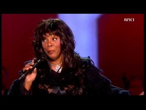 Donna Summer - Bad Girls / Hot Stuff + Speech (Nobel Peace Prize Concert '09) HD