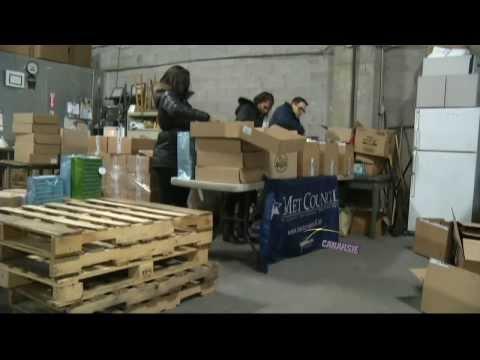 Volunteers Prepare Food Donations For Purim at Met Council Food Pantry