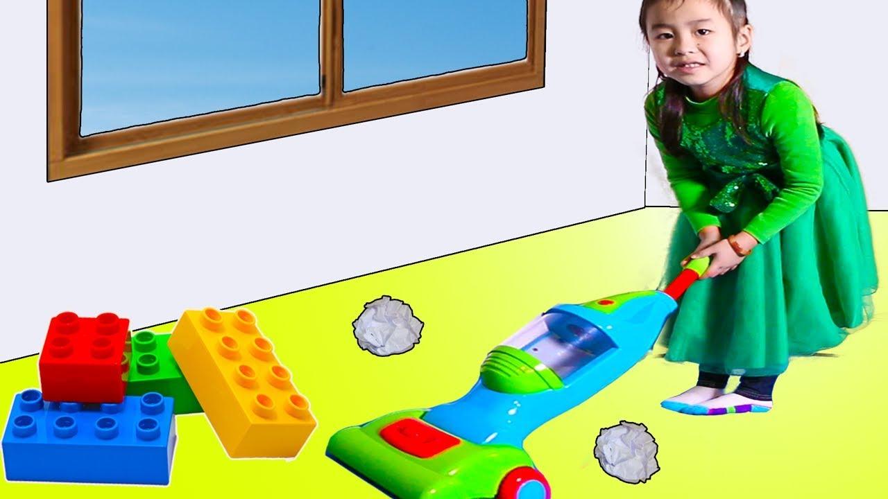 Jannie Pretend Play As A Housemaid Youtube
