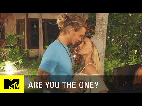 Are You the One? (Season 3) | PDA to the Max (Episode 5) | MTV