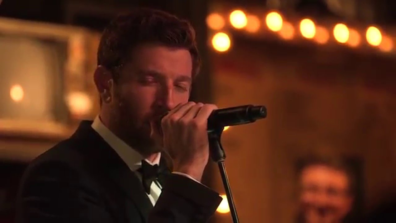 brett eldredge have yourself a merry little christmas live youtube