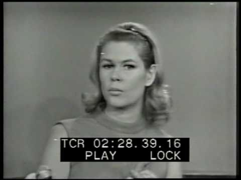 Elizabeth Montgomery talk   from 1966
