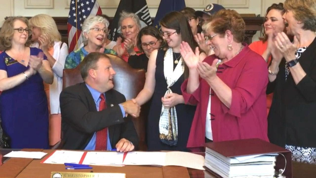 Teen Helps Pass New Hampshire Law Raising Minimum Marriage Age From 13 to 16