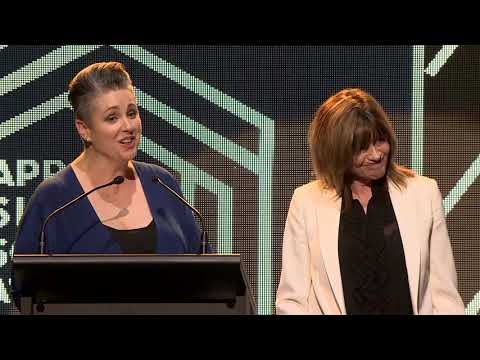 Jenny Morris' NZ Music Hall Of Fame Speech  | Silver Scroll 2018