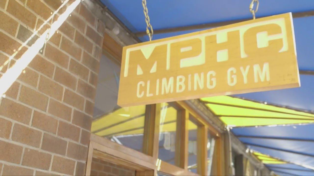 hang ten mphc gym nyc indoor rock climbing gym in nyc youtube