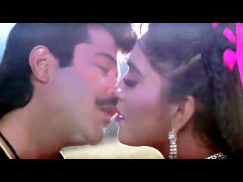 Tu Jhumata Huva Saawan - Alka Yagnik, Kumar Sanu, Mr. Azaad Song