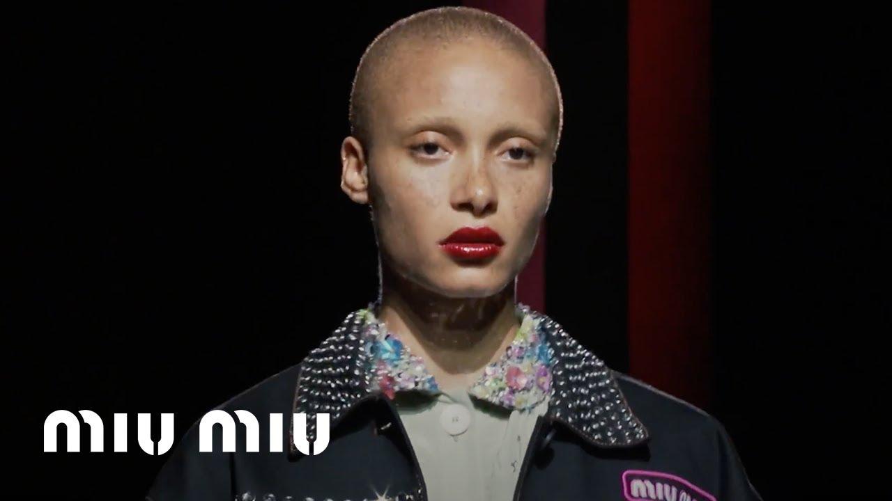 official photos 68554 6edce Miu Miu Croisière 2018 Fashion Show