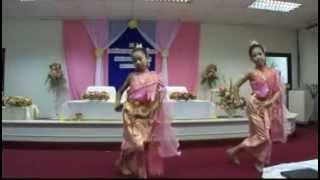 รำอวยพรอ่อนหวาน ในงานเกษียณ-บ้านรำไทย ดอนเมือง (www.banramthai.com)