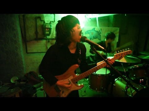 Screaming Females 1.21.11 in a New Brunswick basement 41 songs part 1