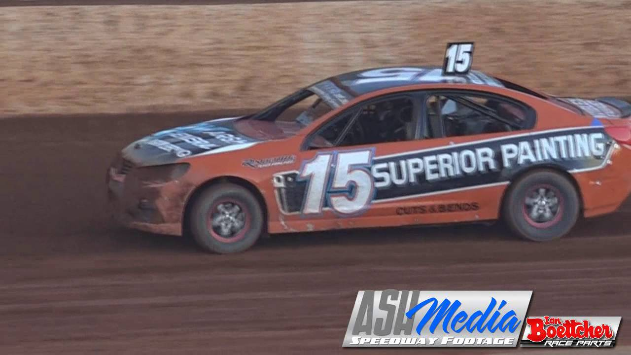 Modified Sedans Dennis Shallcross Crash And Hayden Stephensen