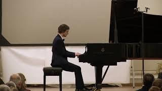 Beethoven. Piano Sonata No. 1. Alexander Lubyantsev