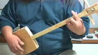 植村花菜さんの「トイレの神様」を三線コード弾きで弾いてみました。 「...