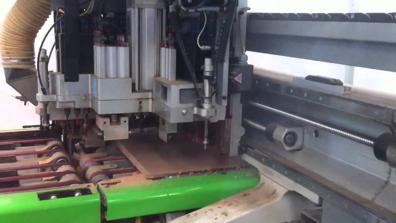 Cnc trabajando en madera fabricaci n de muebles youtube for Software fabricacion de muebles