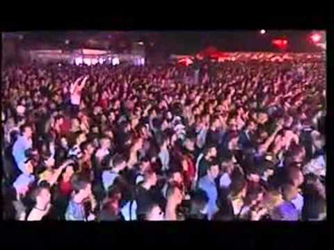 Ajs Nigrutin feat. Timbe & Sky - Jedna Buksna Live