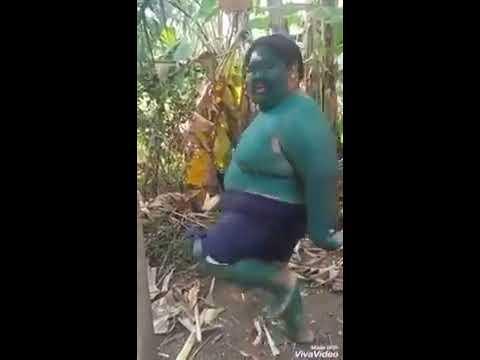 Yeni Akım Yeşil Uzaylı Dansı