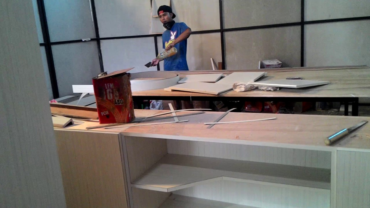 Proses finishing hpl kitchen set